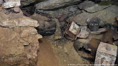 """تصویر تصاویری از مومیاییهای کشفشده در """"شهر مردگان"""" مصر"""