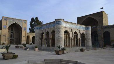 تصویر این مرمت کمر مسجد عتیق شیراز را خم میکند