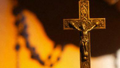 تصویر حکایت تخریب کلیسا و نبشقبر جنازههای مسیحیان در کرمان