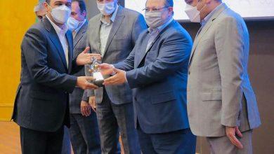 تصویر صبا فولا خلیج فارس نشان درخشان جهش تولید را کسب کرد / شرکت برتر در وزارت کار